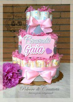 Torta di Pannolini Diaper Cake , by Polvere di Creatività - lavorazioni artigianali, 35,00 € su misshobby.com