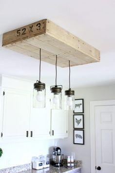 These are 8 easy and affordable DIY farmhouse decor projects that will make your home look amazing! They will add farmhouse style to any home.