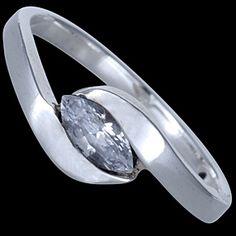 Sterling silver ring, CZ