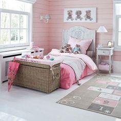 Dormitorio juvenil en color rosa