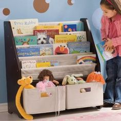 Kids' Sling Bookshelf with Storage Bins by One Step Ahead. Having front facing book storage is important to new readers! Bookshelf Storage, Bookshelves Kids, Storage Bins, Bookshelf Ideas, Kids Storage, Book Shelves, Toddler Bookcase, Bookcase Headboard, Bedrooms