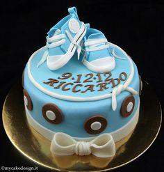 Torta Battesimo: Scarpine converse per bimbo | My Cake Design