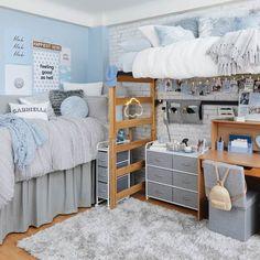 Dorm Color Schemes, Dorm Room Colors, Cool Dorm Rooms, Diy Dorm Room, Dorm Room Setup, Preppy Dorm Room, Dorm Room Themes, Dorm Room Layouts, College Bedroom Decor