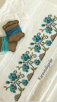 Cross Stitch Rose, Cross Stitch Borders, Cross Stitch Animals, Cross Stitch Flowers, Cross Stitch Designs, Cross Stitching, Cross Stitch Embroidery, Cross Stitch Patterns, Hand Embroidery Design Patterns