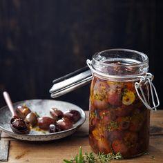 ESSEN & TRINKEN - Eingelegte Oliven Rezept