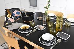 moderni puutalo: Inspiraatiota syyskattaukseen ja sisustukseen Marimekko, Own Home, Home And Living, Table Settings, Dining, Interior Design, Cutlery, Eat, Cooking