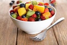 What Are Some Possible Telling Symptoms of High Cholesterol? — Step To Health Soup Recipes, Healthy Recipes, Fruit Smoothie Recipes, High Cholesterol, Food Service, Fruit Salad, Healthy Life, Wellness, Crunches