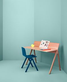Copenhague Moulded Plywood Desk CHP190 by Hay Denmark