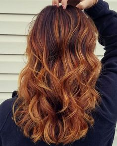#hair #hairstylist #haircolor #haircut #mediumhair #longhair #beachwaves #ombre #sombre #balayage #colormelt #beachwaves #blonde #carmel #copper #gold #goldenblonde #red #redhair #ginger #longhair #waves #cosmetology #cosmetologist #salon75 #whitneylafrenzhair #babylights http://tipsrazzi.com/ipost/1521573257811590571/?code=BUdttD7l_2r