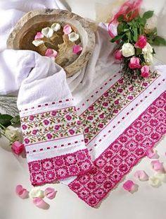 Jogo de Banho Floral Lilás e Rosa