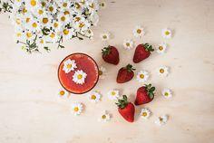 Strawberry Juice by Natália  Viana on 500px