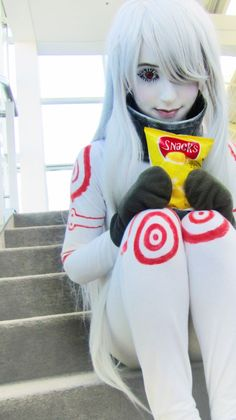Deadman Wonderland cosplay - he had a marriage that went badly, he came to take it out on someone he didn't know.
