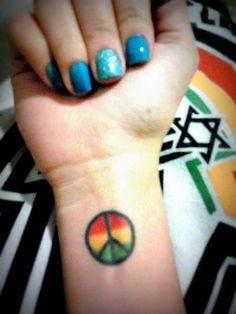 Rasta Tattoo, Weed Tattoo, I Tattoo, Tattoo Quotes, Rasta Pictures, Image Bob Marley, Peace Sign Tattoos, Reggae Style, Reggae Music