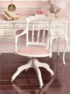 Shabby Chic Office Chair Cerca Con Google Inspiration Looks Pinterest Desks Cottage And