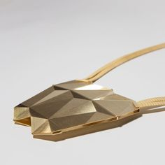 Ketten – Necklasses | Frieda Dörfer brass finegold plated guillochiert