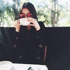 21 Ideas que te harán ver muy linda en tus selfies Instagram Worthy, Instagram Pose, Foto Pose, Tumblr Girls, Strike A Pose, Looks Cool, Cute Pictures, Surf, Urban