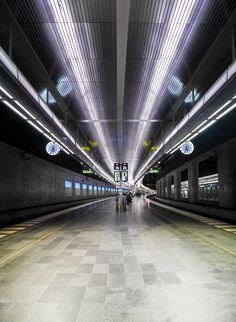 Triangeln-metro-station-in-Malmo,-Sweden-(3)
