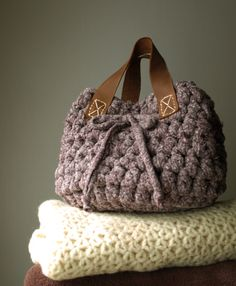 Handbag. Leather, crochet. Handmade