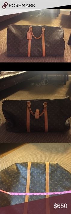 💯 Authentic Louis Vuitton Duffle Bag Monogram KeepAll55 Duffle Travel Luggage Bag. It's a nice bag for travel.  The interior is in a great condition. The bottom has little stain on the bottom. Louis Vuitton Bags Travel Bags