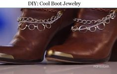 DIY: Cool Boot Jewelry Need a little kick in your step? Then look no further than this easy DIY - boot jewelry! Revamp your go-to boots with a little extra flair without having to buy a whole new pair. Boot Jewelry, Body Chain Jewelry, Western Jewelry, Beaded Jewelry, Jewelry Crafts, Jewelry Ideas, Fall Fashion, Fashion Shoes, Boot Bracelet