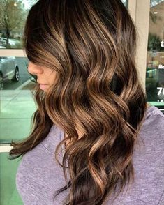 20 Spring Hair Color Ideas For Brunettes - Easy Hair Styles Red Balayage Hair, Red Ombre Hair, Hair Color Auburn, Auburn Hair, Hair Highlights, Pastel Purple Hair, Hair Color Purple, Brown Hair Colors, Best Brunette Hair Color
