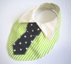 ボーダー生地にドット柄のネクタイをあしらったスタイです。 襟付きでシンプルなシャツでもこれでオシャレに変身♪ ちょっとしたお出かけにどうぞ! 襟はめくれるので... ハンドメイド、手作り、手仕事品の通販・販売・購入ならCreema。