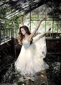 Luis Pons Photographie de New York City Ballet Soliste Lauren Lovette