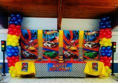 Second Birthday Ideas, Birthday Themes For Boys, Superhero Birthday Party, 6th Birthday Parties, 4th Birthday, Festa Hot Wheels, Hot Wheels Party, Theme Mickey, Hot Wheels Birthday
