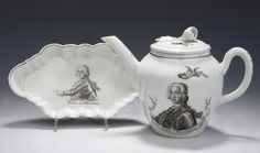 A Worcester transfer printed tea pot and cover and similar spoon tray