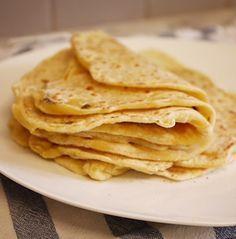 Une idée sympa pour les soirs de flemme : des tortillas Je vous propose donc une recette de tortilla sans gluten à garnir ensuite avec ce que vous souhaitez. Quelques idées en vrac : sauce tomate, poivre, poivron rouge, quatre-épices, blanc de poulet (ou tofu / tempeh) poivron rouge, citron, …