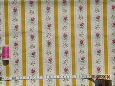 Tecidos de chita tradicional portuguesa (chita de alcobaça)  My old bedspread was made from this..