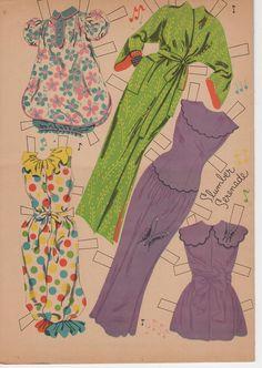 http://carlahoag.files.wordpress.com/2010/08/doris-day-1955-paper-doll-clothes-ii.jpg
