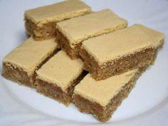 Žĺtkové rezy • Recept   svetvomne.sk Tiramisu, Cake Recipes, Cheesecake, Sweets, Cookies, Ethnic Recipes, Desserts, Food, Advent