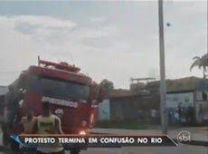Galdino Saquarema Noticia: Criança assume volante e bate caminhão dos Bombeiros RJ.