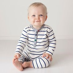 Hamish Onesie – Hunter Baby