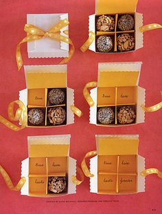 DIY chocolate favor boxes with little written surprises #favors #dessert #chocolate