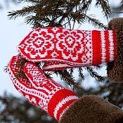 Варежки Winter Hats, Christmas Ornaments, Holiday Decor, Socks, Knitting, Tricot, Christmas Jewelry, Breien, Sock