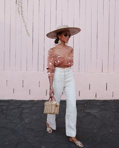 Pretty off the shoulder print cropped top with high waisted white linen pants an… – fashion nova jeans high waist 2000s Fashion, Fashion 2020, Retro Fashion, Korean Fashion, Fashion Trends, Petite Fashion, French Fashion, Fashion Quiz, Women's Fashion