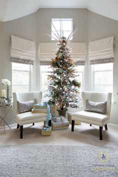Amanda Carol Interiors | 12 Days of Christmas Tour of Homes {Day 2} | http://blog.amandacarolinteriors.com