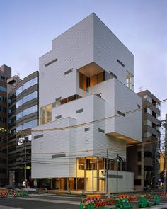 "Creative Architecture. The Atelier Hitoshi Abe advocates ""freedom ..."