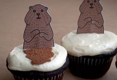 Groundhog-Day-Cupcake -  With this Groundhog printable  and a little cocoa powder for the shadow,  you have adorable Groundhog Day Cupcakes!