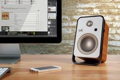 Beautiful desktop speakers by Polk Audio, the stylish Hampden Speakers are crafted from teak veneer and look beautiful on a desktop or in an entertainment console. And don´t let the vintage look fool you, these things are powered by cutting edge tech Best Computer Speakers, Desktop Speakers, Sound Speaker, Bluetooth Speakers, Radios, Gadget Magazine, Digital Trends, Boombox, Audio Equipment