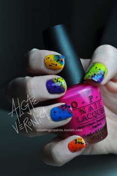 <3 these nails, may have to be my next mani.