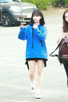 Eunha Of Gfriend Kpop Girl Groups, Korean Girl Groups, Kpop Girls, Kpop Fashion, Korean Fashion, Womens Fashion, Extended Play, G Friend, Soyeon