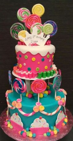 cake Such a cute cake Candyland Birthday Candy cake. Would be fun for a candyland party. Candyland cake, I love love love . Torta Candy, Candy Cakes, Fondant Cakes, Cupcake Cakes, Lollipop Cake, Super Torte, Kreative Desserts, Candy Land Theme, Candy Land Birthday Party Ideas