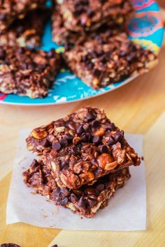 Readers have told me that these are the BEST granola bars they have ever had. No Bake Chewy Fudge Granola Bars with peanut butter and chocolate chips!