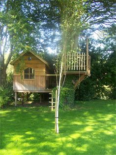 tree house ideas - from my old bookmarks, I am unsure of the source