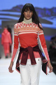 Bell Sleeves, Bell Sleeve Top, Fall Winter, Autumn, Mercedes Benz, Berlin, Sari, Tops, Women