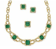 A SUITE OF EMERALD, DIAMOND AND GOLD JEWELRY   Comprising a necklace, set at the front with a graduated series of rectangular-cut emeralds, each within a circular-cut diamond and sculpted gold surround, to the circular-cut diamond and gold link neckchain; a pair of ear clips and a ring en suite, mounted in gold, necklace 19 ins.