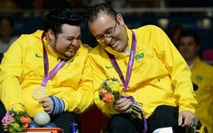 Dirceu Pinto e Eliseu dos Santos - medalha de ouro - bocha paralimpíadas (Foto: Getty Images)